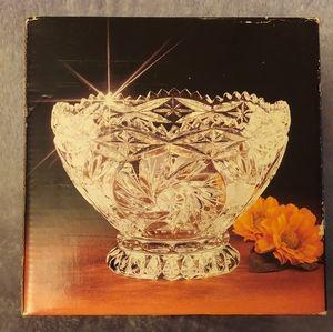 Lead crystal bowl (Fairfield brand)